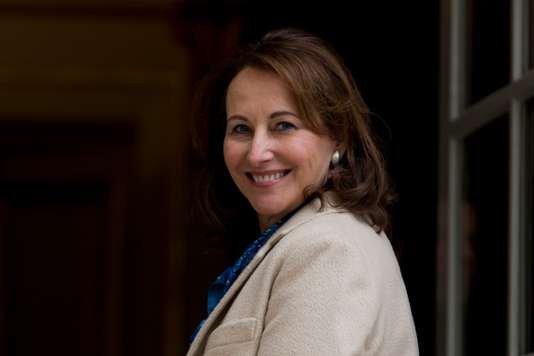 """Spécial """"Ségolène Royal, future ambassadrice pour les pôles arctique et antarctique..."""" - Image n° 1/2 !..."""