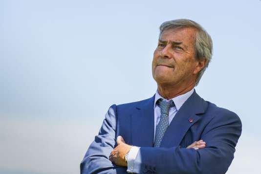 "Spécial ""Affaire Hanouna : Bolloré réclame 13 millions d'euros au CSA..."" - Image n° 1/2 !..."
