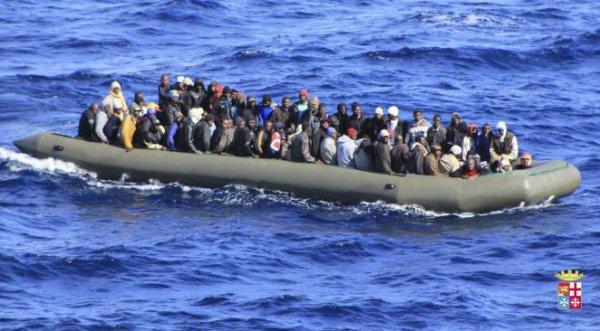 """Spécial """"Migrants : près de 2000 morts en Méditerranée depuis début 2015..."""" - Image n° 1/2 !..."""
