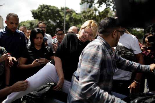"""Spécial """"VENEZUELA: La nouvelle Assemblée constituante a démis de ses fonctions la procureure générale Luisa Ortega..."""" - Image n° 1/2 !..."""