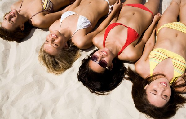 """Spécial """"Algérie : Une nouvelle «opération bikini» organisée ce lundi sur une plage de Kabylie..."""" - Image n° 1/2 !..."""