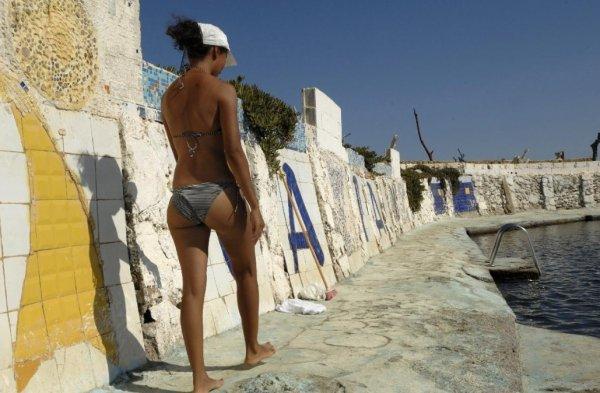"""Spécial """"Des supposées """"opérations bikini"""" en Algérie, buzz de l'été..."""" - Image n° 1/2 !..."""