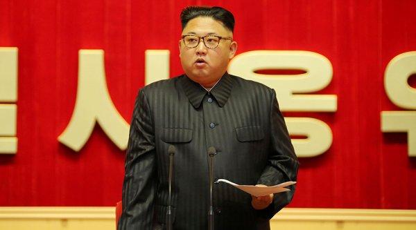 "Spécial ""Trump calls Kim Jong-un 'Rocket Man' after call with South Korean leader..."" - Image n° 1/3 !..."