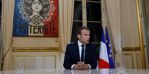 """Spécial """"Première interview TV pour Macron..."""" - Image n° 1/2 !..."""
