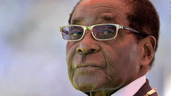 "Spécial ""Robert Mugabe, vieil homme affaibli mais politicien habile..."" - Image n° 1/2 !..."