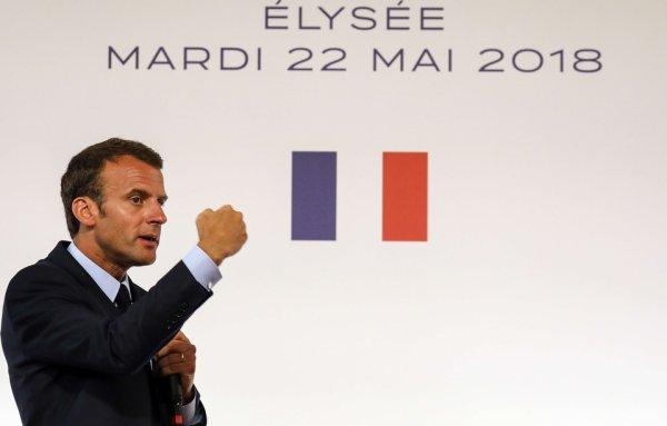 """Spécial """"Un dab de Macron pour les jeunes des quartiers..."""" - Image n° 2/3 !..."""