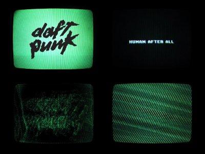 SOMMAIRE: Tout les clip de l'album Human After All 2005