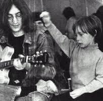 John Lennon et ses enfants <3