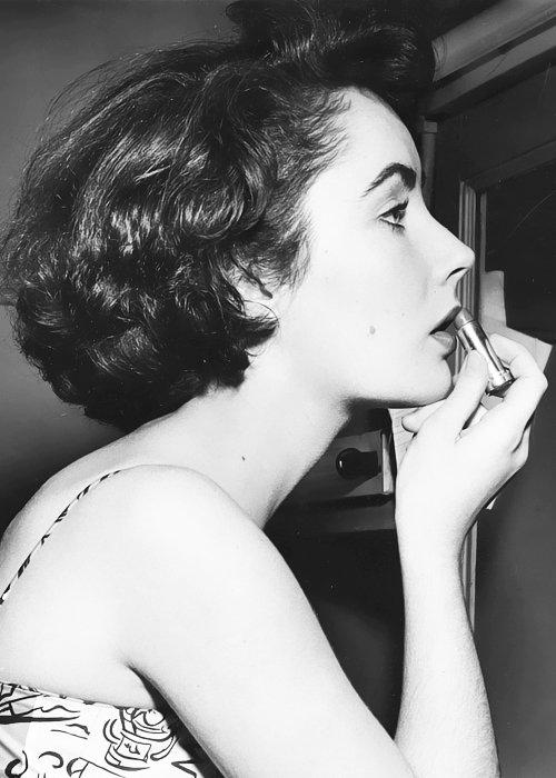 Femmes des années 20 à 60 I