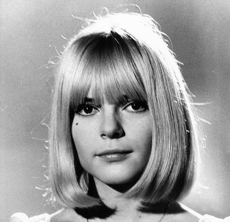 Mes 3 coiffures des sixties que j'adore me faire ♥
