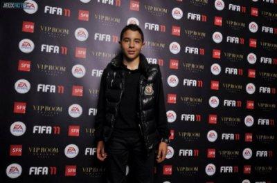 Photo du jeune acteur :).