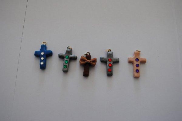 Pendentif croix.