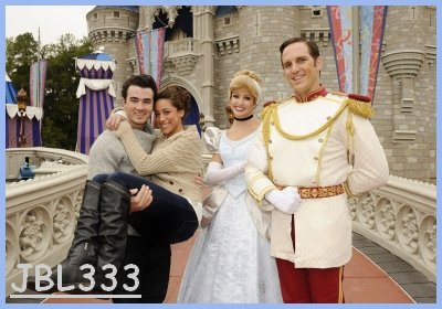 Kevin & Danielle, Disney World lovers