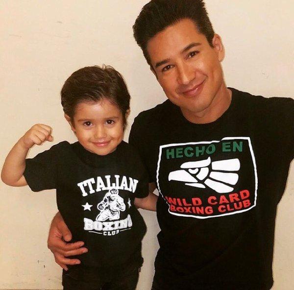 Mario Lopez et Dominic