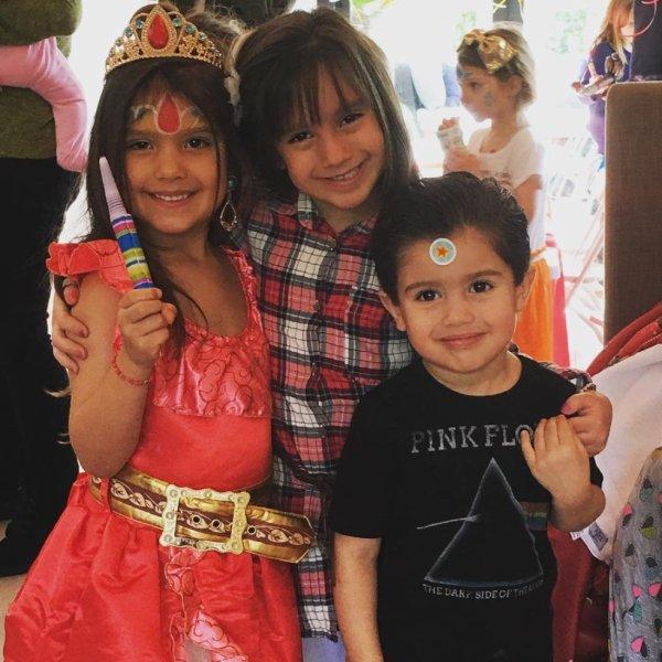 Sebella Rose, Gia et Dominic