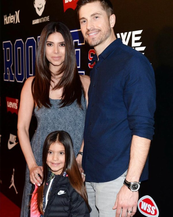 Roselyn Sanchez, Eric Winter et Sebella Rose