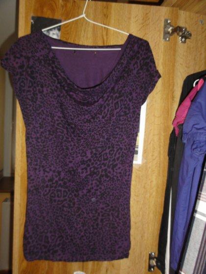 Haut léopard violet, taille S