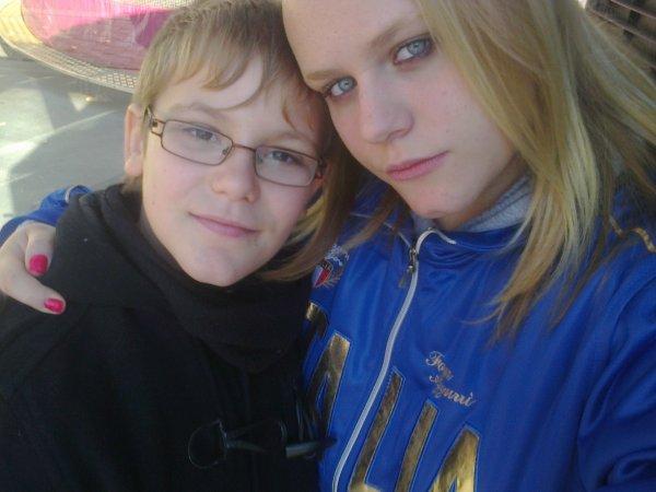 mon petit cousin et moi (l) kévin (l)