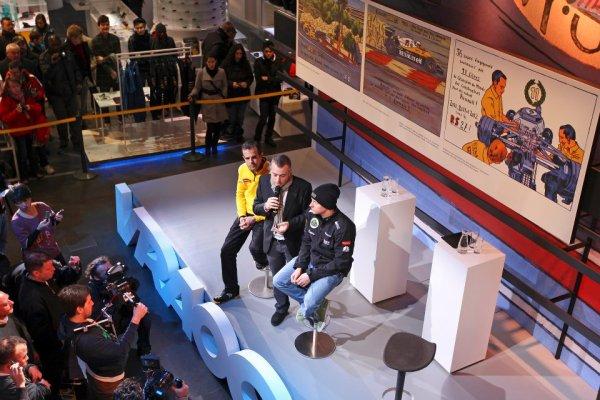 Kimi Räikkönen visite L'Atelier Renault