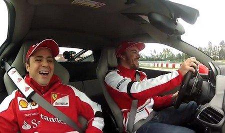 Alonso et Massa font les fous en Ferrari à Barcelone