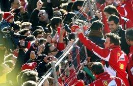 Fernando Alonso prend les rênes de la F138 à Montmelo