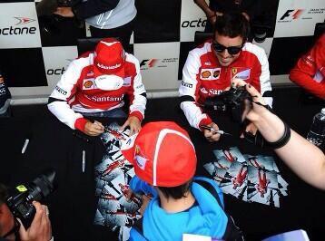 Autograph session..;)
