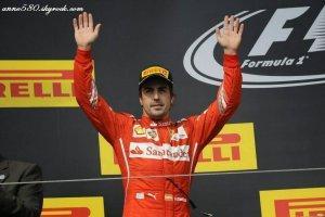 Alonso (Ferrari) dément un éventuel salaire record