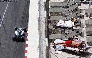 Massa fait de l'humour avec Alonso