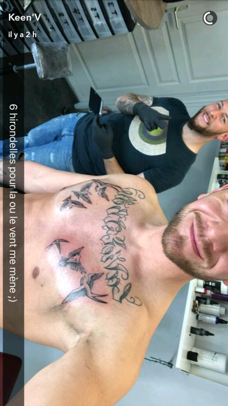 Keen v a un nouveau tatouage