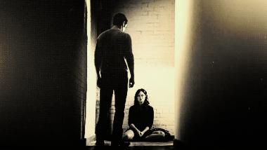 « Si jamais je tombe.. Laisse-moi. J'en ai marre de m'relever pour rien. »