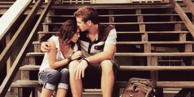 « Au pire si on nous demande pourquoi on est célibataire, on dis qu'on aime se faire désirer. »