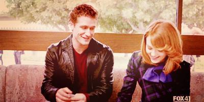 « Imbécile, je t'aime depuis toujours, depuis le début, j'ai continué à t'aimer quand j'étais en couple, j'ai continué à t'aimer quand j'étais seule, j'ai continué à t'aimer chaque seconde de chaque jours, j'ai continué... Je t'aime, je t'aime depuis toujours. (...) »