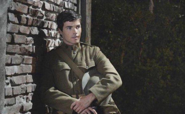 Ezra est vraiment méchant !