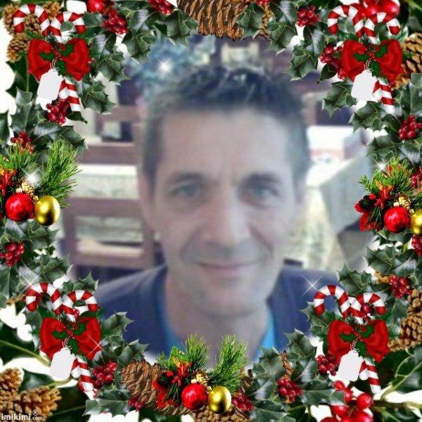 christophe-0301  fête ses 51 ans demain, pense à lui offrir un cadeau.Aujourd'hui à 08:27