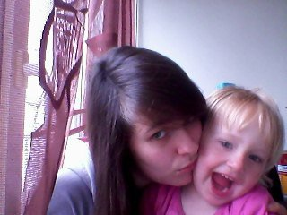 ma ptite niece que j'aime <3