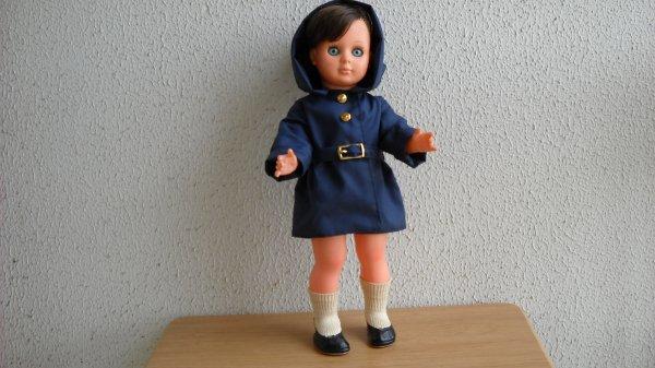 Marie-Françoise se rie de la pluie
