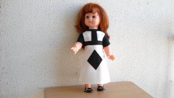 Emilie. Robe style 196O