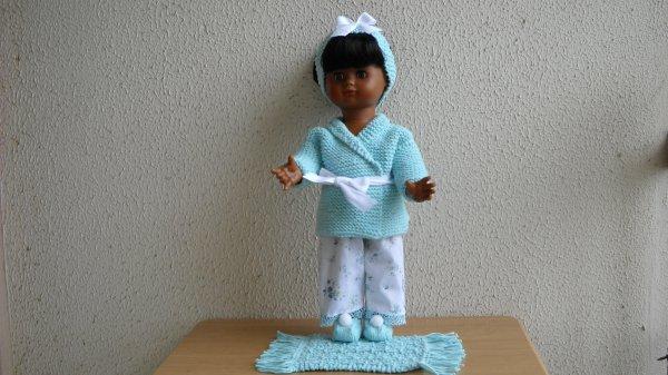 Ensemble pyjama ciel bleu.