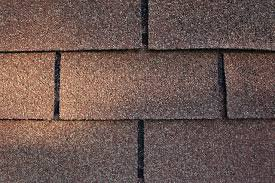 Asphalt shingles: a closer look at America's favorite roofing material
