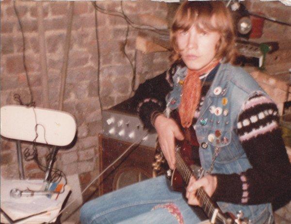 Ma première guitare, à 16ans.