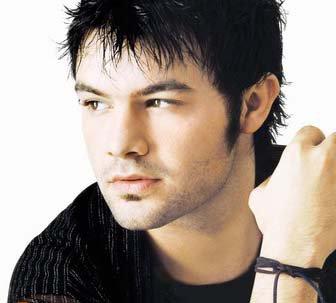 à ton avis où est l'homme le plus beau??????????????????????????????