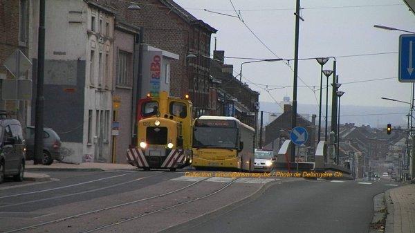 Le premier Véhicule Moteur sur la chaussée de Bruxelles. Le 12-11-12.