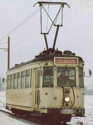La voie des trams et trains
