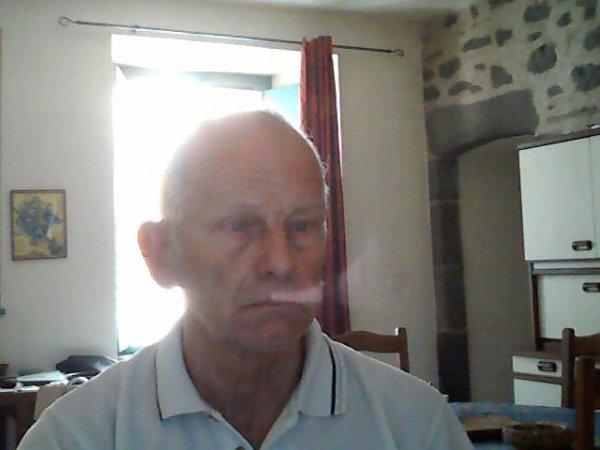 raymond735  fête ses 62 ans demain, pense à lui offrir un cadeau.Aujourd'hui à 00:00