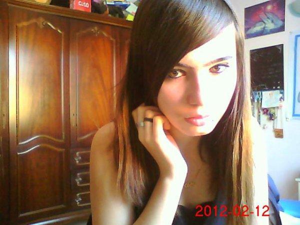~~(8) J'aimerais tellement te dire ce que veux mon coeur mais je n'ai plus les mots (8)~~
