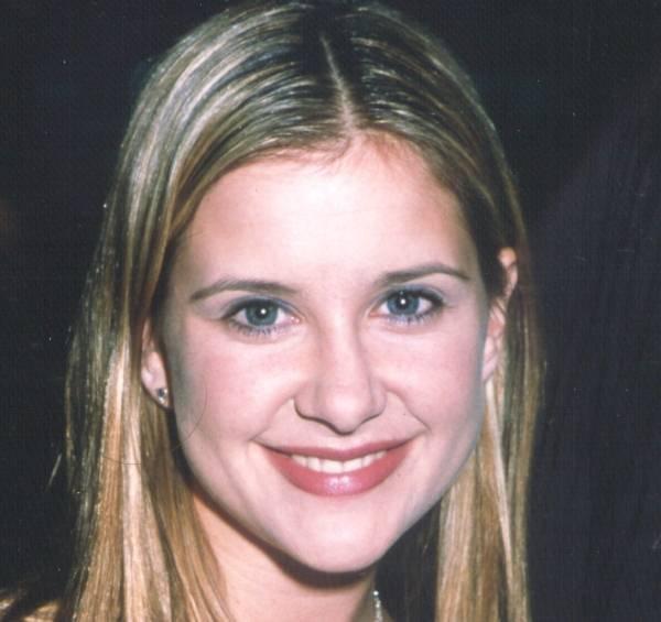 La belle Kellie Martin
