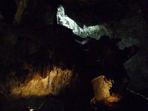 La plus grande caverne(grotte) au monde!
