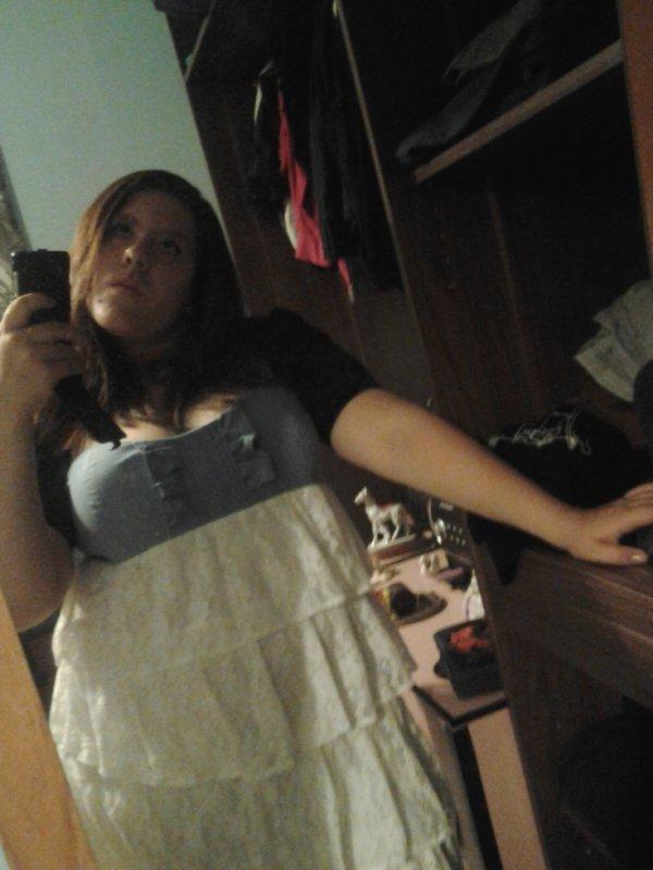 moi avec ma robe blanche