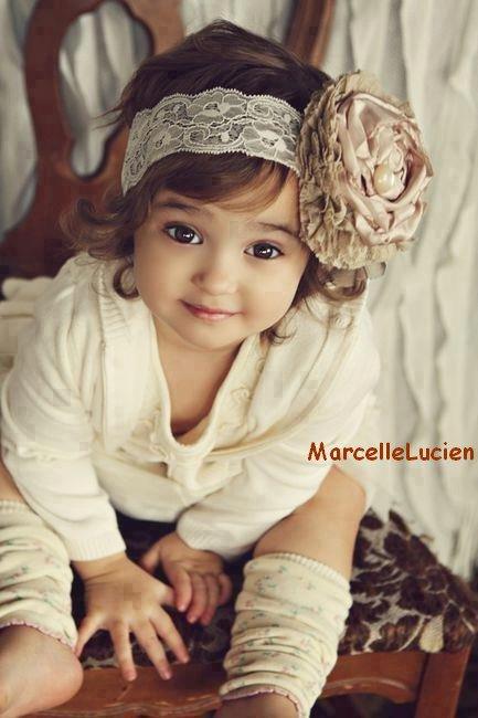 """ Jolie petite fille "" :)"
