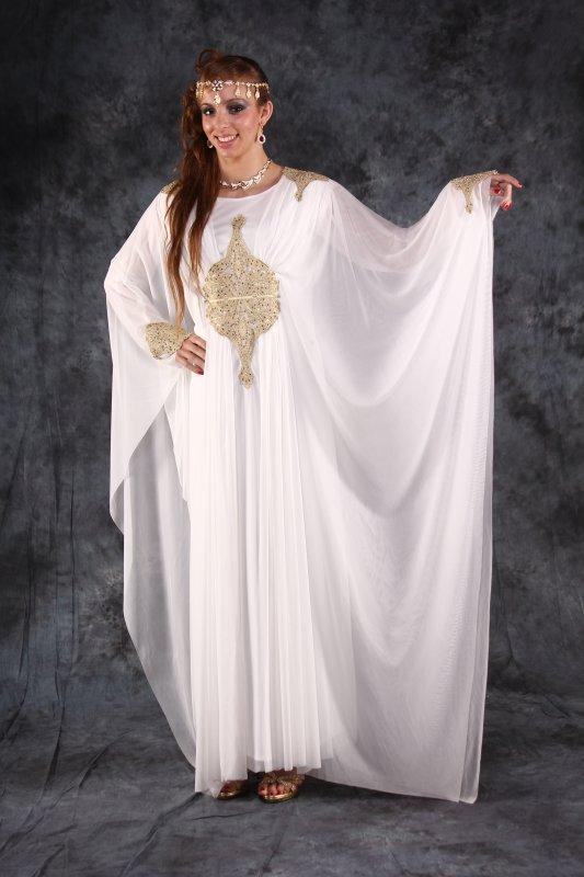 robe dubai blanche et or fadilanegafa 06 82 70 85 63. Black Bedroom Furniture Sets. Home Design Ideas